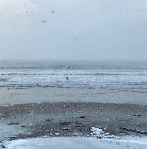 シーズン到来!!急げサーフィン冬支度