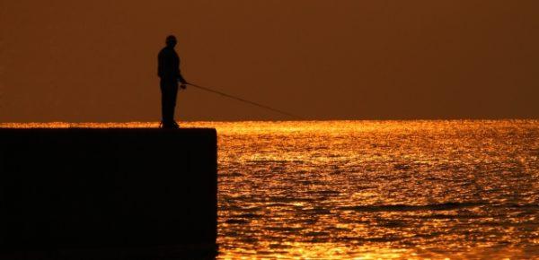サーファーに魚釣りをお勧めする理由!!